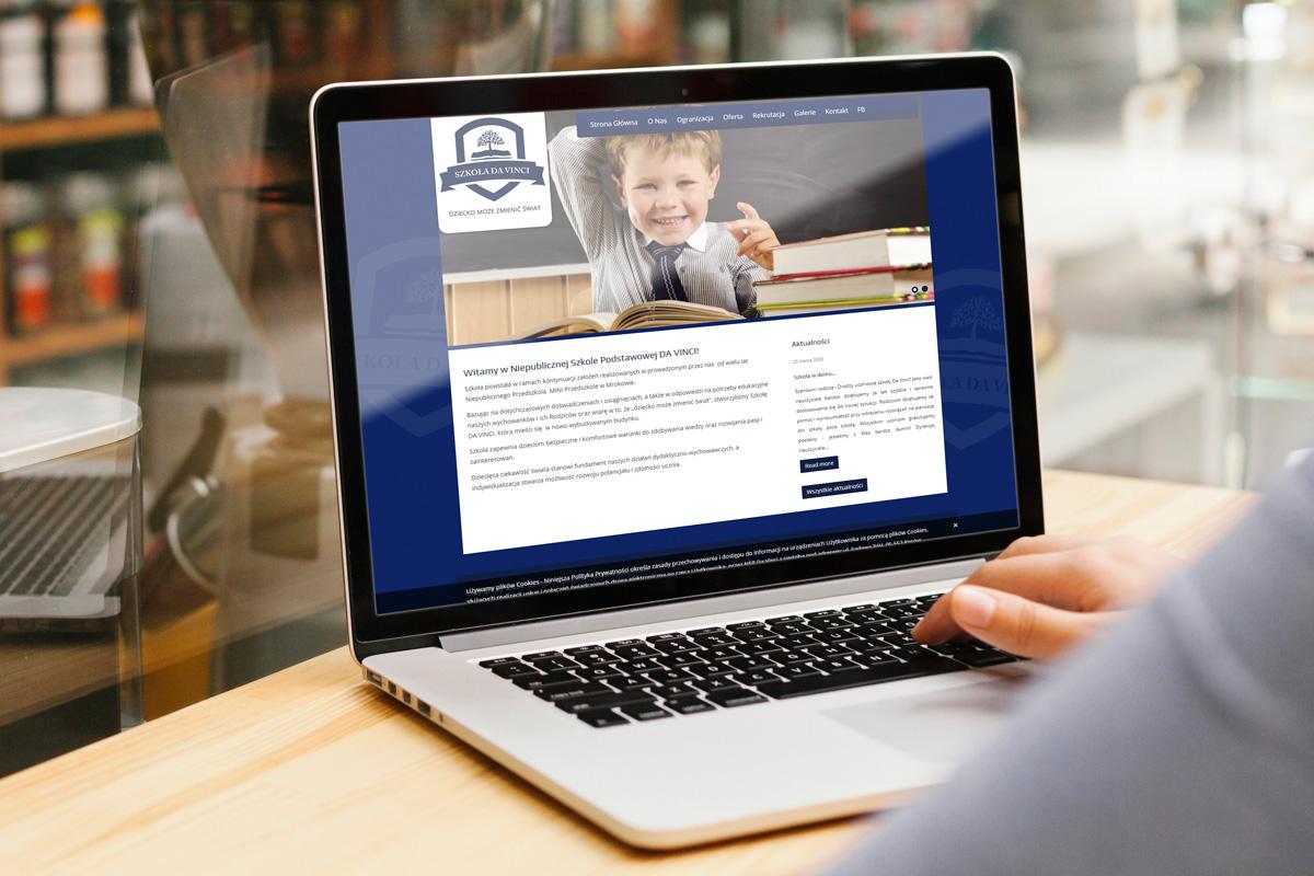 rainbow multimedia portfolio wordpress strona www szkoła da vinci